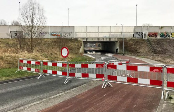 Wateroverlast in tunnel Brailleweg/A28/Vondellaan